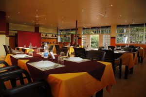 5-Restaurant-b